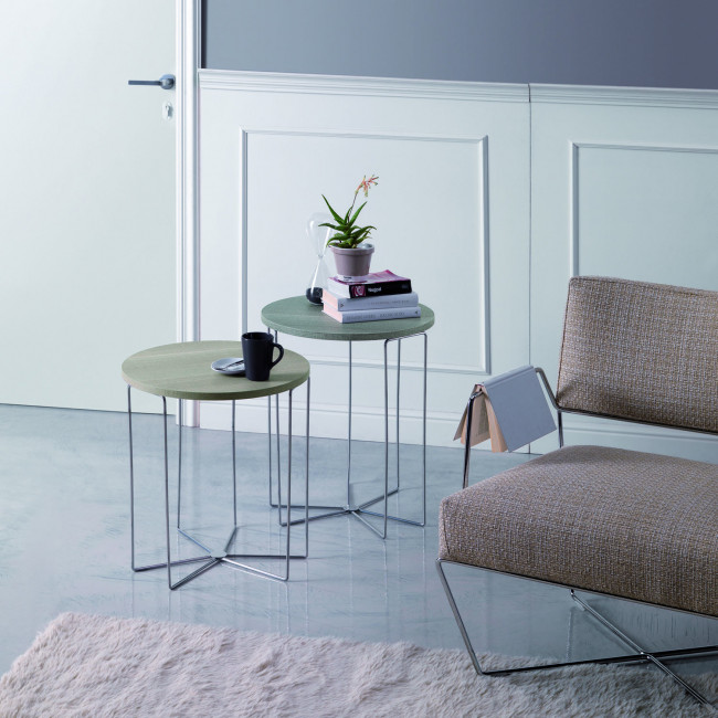 Tavolino rotondo lato divano silver wood for Wohnzimmertisch noce