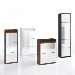Arcobaleno è un mobile scarpiera a ribalta disponibile in 2 larghezze e 3 altezze differenti.
