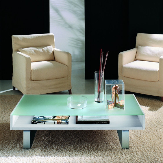 Cambridge glass coffee table with compartment