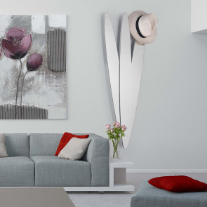 Twin is a modern decorative mirror